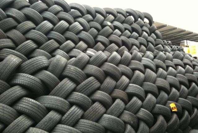 Продам шины разных размеров:185/60/14 r200-4шт185/65/15 kumho-2шт205/55/16 michelin-4шт205/55/16